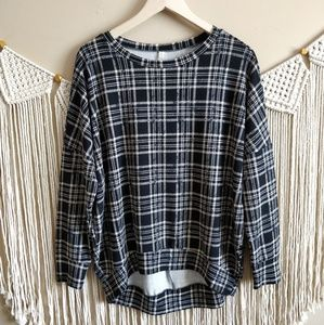 Love In Black Cream Plaid Grid Oversized Sweater M